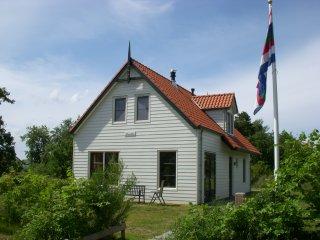 boeien huis schiermonnikoog